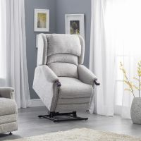 Pride Deluxe Hereford Rise and Recline Armchair